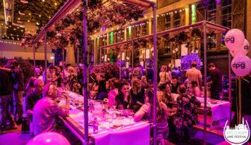 האטרקציות המומלצות בהולנד – יין, קפה וקומדיה